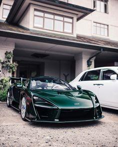 Beautiful color on a beautiful Senna 💚           Luxury Sports Cars, Cool Sports Cars, Best Luxury Cars, Sport Cars, Nice Cars, Porsche 918, Mclaren P1 Gtr, Mclaren Cars, Cool Car Backgrounds
