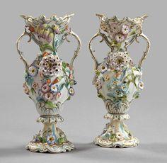 481: Coalbrookdale Polychromed Porcelain Vases : Lot 481