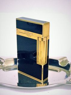 S.+T.+DUPONT+LIGHTER+~+CLASSIC+~+18+K+GOLD+AND+LACQUER+de+CHINE+BLACK+LINE+2+~+VERY+NICE+!!!