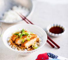 Katsudon on suosittu japanilainen lihariisiruoka. Maukas herkku tuo vaihtelua suomalaiseen ruokapöytään.