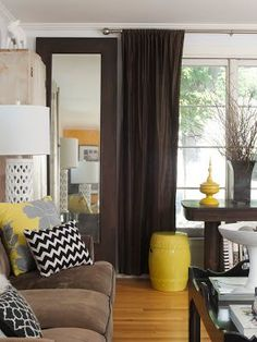 High Quality Living Room: Shelly Kennedy/drooz Studio As Featured By Harris Publications  In Small Room. Living Room BrownYellow ...