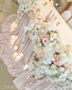 Trendy wedding table decorations flowers chairs Ideas - All About Decoration Wedding Table Planner, Wedding Table Flowers, Wedding Table Decorations, Wedding Centerpieces, Trendy Wedding, Rustic Wedding, Luxury Wedding, Table Rose, Sweetheart Table