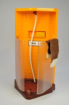 Vintage Toys 1978 Scenesetters - Our Sindy Museum - Sindy shower Barbie Furniture, Dollhouse Furniture, Vintage Furniture, Childhood Toys, Childhood Memories, Vintage Barbie, Vintage Dolls, Barbie Bathroom, Shower Units