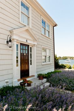 Historic. colonial home by the sea... with lavender garden!  just died + went to heaven.