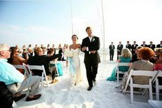 ROMANTIC BREATHTAKING BEACH WEDDING ♥♥♥♥♥♥♥♥ →wats left 2 say♂