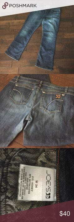 Joe's Jeans--Honey fit; size 34 Medium/dark wash with some light fading/whiskering on thighs. Minimal drag wear at cuffs (see pic). Re-poshing bc these didn't fit! Joe's Jeans Jeans