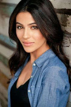 Teni Panosian is an Armenian American actress and beauty blogger from Los…