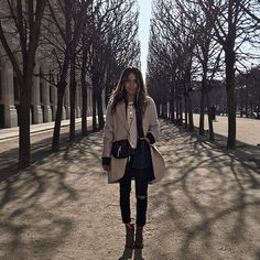 WEBSTA @ sincerelyjules - Winter in the gardens. ❤️ | wearing @shop_sincerelyjules ripped skinnies