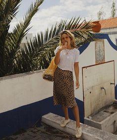 Portugal's Best Kept Secret (Fashion Me Now) Fashion Me Now, Fashion 101, Fast Fashion, Look Fashion, Fashion Outfits, Fashion Design, Fashion Trends, Mango Fashion, Ladies Fashion