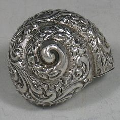 Antique Victorian sterling silver hand-chased snail pillbox made in Sheffield…