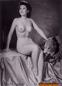 1920s nude woman discover the naked women in 1920s porn photos shot in 1920 1930 from the vintage