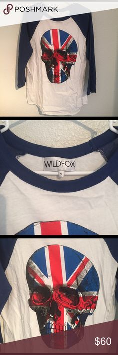 Wildfox flag skull tee Love this. Oversized small, great gently used condition. Sooo soft and comfy! Tops Tees - Long Sleeve