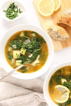 Vegan Spinach Soup, Easy Vegan Soup, Vegan Potato Soup, Vegetarian Soup, Spinach Recipes, Vegetarian Recipes, Vegan Soups, Healthy Soup Recipes, Vegan Meals
