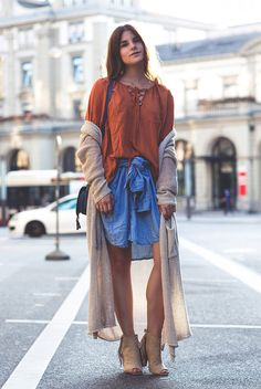 spring / summer - street style - street chic style - summer outfits - layers - boho chic - festival outfits - orange lace up tee + denim shirt + nude peep toe fringe booties + beige long cardigan + black shoulder bag