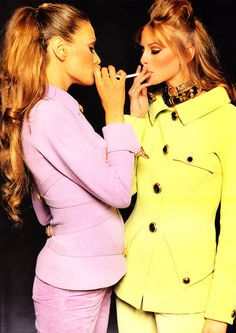 Versace, early 90s Models : Carla Bruni & Niki Taylor