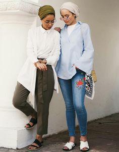 Chic Ways to Wear Turban Hijab in Style Hijab Turban Style, Mode Turban, Hijab Chic, Modest Wear, Modest Outfits, Modest Fashion, Fashion Outfits, Modele Hijab, Hijab Trends