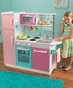 Take a look at this Sundae Kitchen by KidKraft on #zulily today!