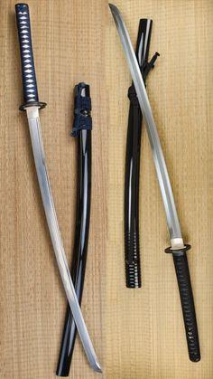 Double Full edit Ninja Weapons, Anime Weapons, Fantasy Weapons, Predator Cosplay, Armas Ninja, Samurai Swords Katana, Ninja Sword, Cool Swords, Martial Arts Weapons