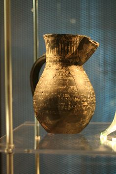 Jug with tin foil decorations from Birka (Historiska museet, Sweden)
