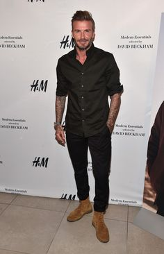 David Beckham Photos Photos - Professional soccer player David Beckham launches the new H&M Modern Essentials Campaign at H&M on September 2016 in Los Angeles, California. - David Beckham Launches New H&M Modern Essentials Campaign Mode Outfits, Casual Outfits, Fashion Outfits, Fashion Trends, David Beckham Style, David Beckham Fashion, Celebridades Fashion, Stylish Men, Men Casual