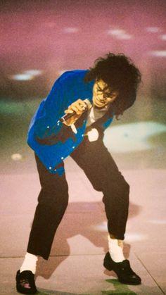 "'I'm just like anyone. I cut and I bleed. And I embarass easily."" - Michael Jackson"