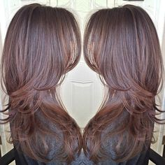 Brown hair with beautiful layers♥ Looking for ideas for a little change but still be able to keep my hair long. Long Thin Hair, Fine Hair, Stylists, Locks, Too Thin, Long Hair Styles, Color, Beauty, Hairstyle