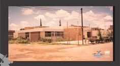 CENTRO DE SALUD: Los términos centro de salud (CS) o : centro de atención primaria (CAP) se refieren al edificio donde se atiende a la población en un primer nivel asistencial sanitario.- fotografía de los 80's.- Fondo Archivo General Municipal.