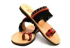 Handmade greek leather sandals by Vientre Bandidos