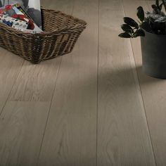 Wood Flooring Fine-looking wide plank hickory floor Youth Heroes – A Double S Engineered Oak Flooring, Hickory Flooring, Wood Laminate Flooring, Solid Wood Flooring, Wide Plank Flooring, Clean Hardwood Floors, Real Wood Floors, Flooring Installation, Underfloor Heating