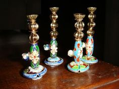 Mini-hookahs made from the livelier sort of beads. From Sans' Maharaja's Palace project.