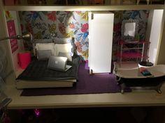 Boomini Barbie bed