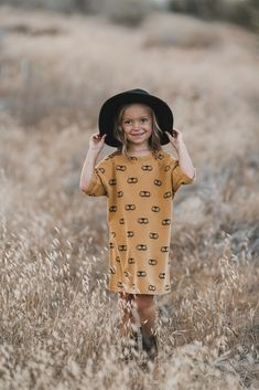 a3b7bddc5612 Designer Children s Clothes   Home Interiors  Smallable
