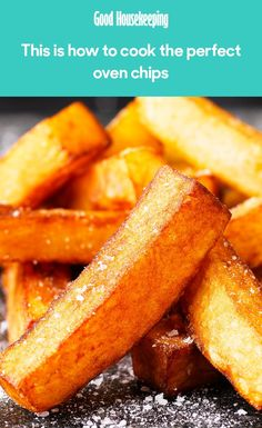The trick to making the perfect oven chips every time - Kartoffel Oven Potato Chips, Oven Baked Chips, Uk Recipes, Cooking Recipes, Potato Recipes, Seafood Recipes, Homemade Chips In Oven, Triple Cooked Chips, French Tips