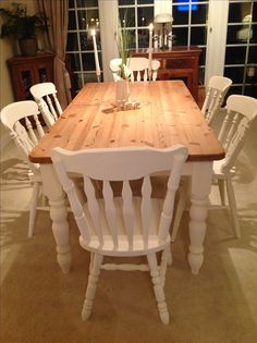 Farmhouse table and chairs painted in Annie Sloan old white.for dining room table. Dinning Room Tables, Dining Room Furniture, Dinning Set, Furniture Sets, Dining Chairs, Farmhouse Kitchen Tables, Kitchen Chairs, Painted Farmhouse Table, Farmhouse Garden