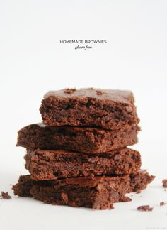 easy gluten free recipe for brownies - I'm trying this recipe as I have all the ingredients (sans gluten free flour) for gluten version :) Gluten Free Sweets, Gluten Free Cooking, Vegan Gluten Free, Wheat Free Recipes, Dairy Free Recipes, Fodmap Recipes, Sin Gluten, Homemade Brownies, Easy Brownies