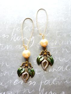 Pick of the Day: get 30% off these Vintage Calla Lily earrings with discount code MYPICK at check out --> http://laurenembree.bigcartel.com/product/vintage-calla-lily-earrings