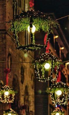 Faroles navideños.