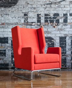 The Danforth Chair by Gus Modern is urban and sleek lounge chair. Shop Gus Modern at Smart Furniture. Modern Furniture Toronto, Unique Furniture, Online Furniture, Furniture Stores, Furniture Design, Modern Room Decor, Room Decor Bedroom, Home Decor, Bedroom Modern