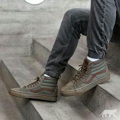 c84b61177b STREETWEAR   VANS SK8-HI MTE DX (IVY GREEN   DARK GUM). Men s SneakersWhite  SneakersMens Fashion ShoesSneakers ...