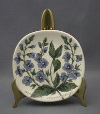 Pottery Painting Designs, Paint Designs, Scandinavian Design, Retro Vintage, Tiles, Decorative Plates, Porcelain, Aladdin, Finland