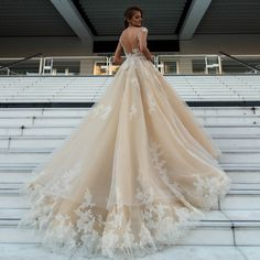 EMILY - это воплощение мечты в реальность! Будь принцессой вместе с DOMINISS! // EMILY is embodiment of dream in reality! Be a princess together with DOMINISS!  #weddingday #beautiful #fashion #model #amazing #style #weddingfashion #photographer #bridalfashion #couture #weddingblog #невеста #свадьба #свадебноеплатье #dominiss