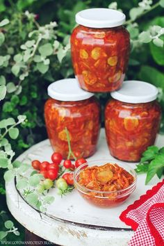 Sałatka z ogórków na zimę Meals In A Jar, Canning Recipes, Cooking Light, Food Inspiration, Pickles, Food And Drink, Healthy Eating, Homemade, Ethnic Recipes