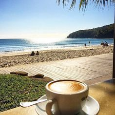 If only all coffee breaks looked like this! Enjoying the sunshine and views of Noosa Main Beach as well as a delicious coffee from Berardos Bistro on the Beach is exactly what we'd like to be doing right now! Coffee Is Life, I Love Coffee, My Coffee, Coffee Cafe, Coffee Drinks, Coffee Shop, Good Morning Coffee, Coffee Break, Pause Café