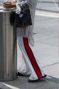 輕裝上陣,越懶越時尚:時裝週街拍說明了運動褲即將成為一種新潮流!