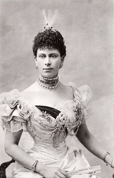 Princess Mary, Duchess of York, later Queen of Great Britain. Late 1890s