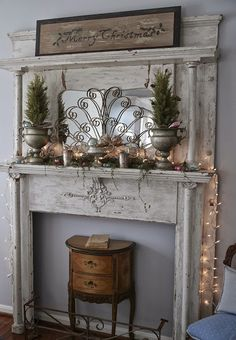 Most current Cost-Free antique Fireplace Mantels Thoughts Farmhouse Christmas Mantel Decor And Design 25 Faux Mantle, Antique Fireplace Mantels, Antique Mantel, Vintage Fireplace, Old Fireplace, Fireplace Surrounds, Vintage Mantle, Farmhouse Fireplace, Antique Desk