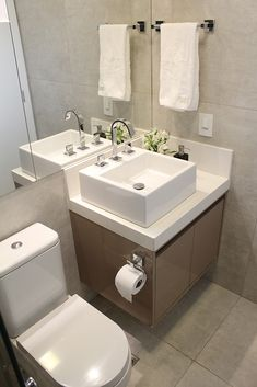 50 Ideas Small Bedroom Remodel Toilets For 2019 Bathroom Design Small, Bathroom Layout, Bathroom Interior Design, Bathroom Counter Decor, Bathroom Furniture, Dyi Bathroom, Bathroom Toilets, Bathroom Renovation Cost, Mini Bad
