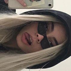 Badass Aesthetic, Bad Girl Aesthetic, Aesthetic Photo, Aesthetic Grunge, Soft Grunge Hair, Grunge Girl, Model Tips, Selfie Poses, Selfies