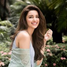5df06728709e4 Parineeti is the Queen of our hearts since ever. We so love the fact that  she chose to wear a heart-printed top this Valentine s Day to add to the  flavor of ...