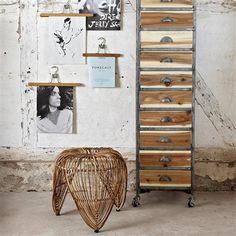 Dresser with Weels, Natural, Antique